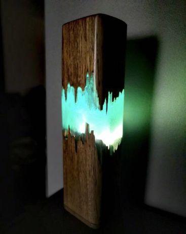 Lampa ze starej szopy