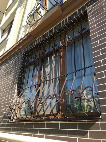 Решетки на окна, кованые решетки, ограждение из металла, ворота, навес