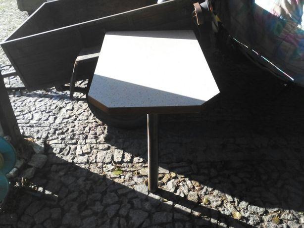 Maly stoliki 2 krzesla