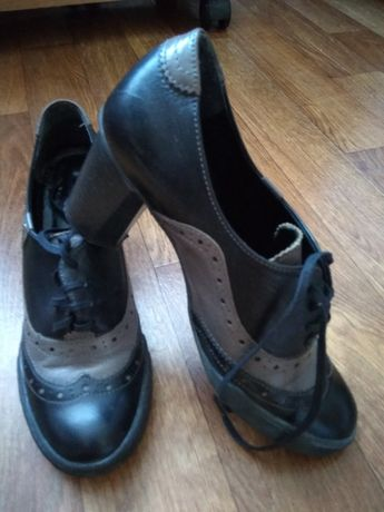 Черевики/ботільйони/туфлі