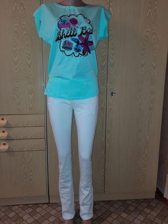 Продам белые джинсы 44-46 размера