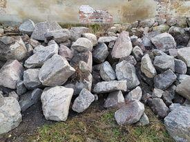 Kamienie Łupane, głazy