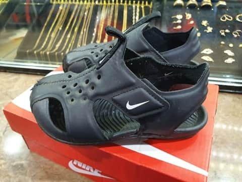 Sandałki dziecięce Nike rozmiar 25