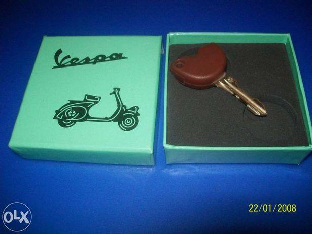 Caixinha em cartão da Vespa