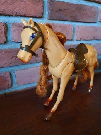 Koń konik Barbie grający
