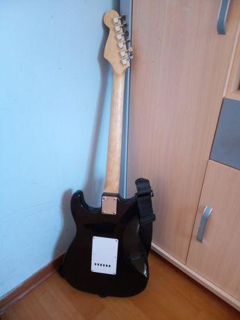 Sprzedaję gitarę elektryczną