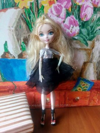Одежда, платья для куклы Ever After High Эвер Афтер Хай