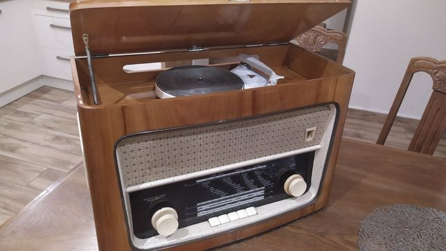 Stare radio lampowe MENUET z gramofonem ANTYK, PRL,retro, loft,vintage