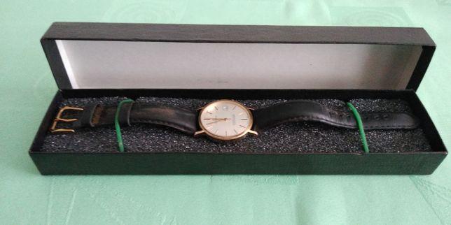 Oryginalny szwajcarski zegarek Geneva