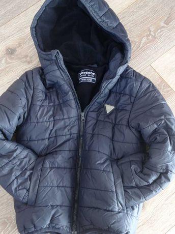 Куртка демисезонна на хлопчика, б/у, на зріст 140 см