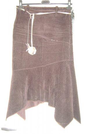 Brązowa spódnica z rogami