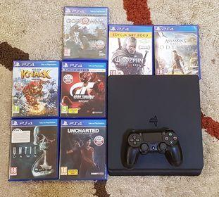 sprzedam PlayStation 4 Slim 1TB 1 pad + 7 gier