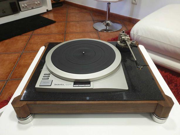 Technics SP-15 gira discos + braço EPA-A501H Titanium