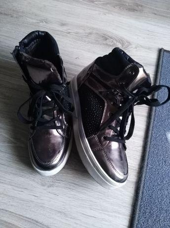 Buty do kostki koturn 5cm r. 40 sneakersy