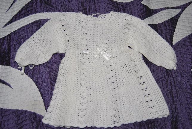 sukienka na chrzest ręcznie robiona