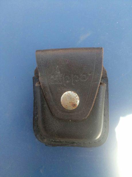 Фирменный кожаный чехол.Zippo США.