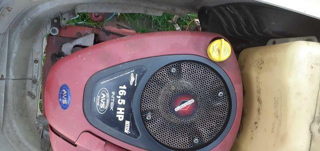 Silnik Spalinowy Briggs&Stratton 16,5KM z pompa Intek