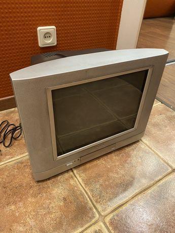 Продам телевизор philips для кухни с настенной подставкой