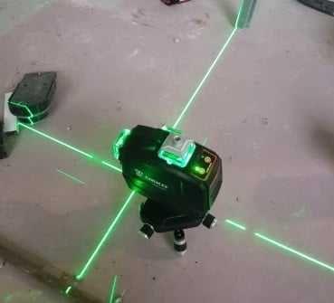 Nível laser 12 linhas Novo