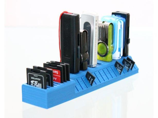 Подставка - органайзер на письменный стол для USB флешек, microSD и SD