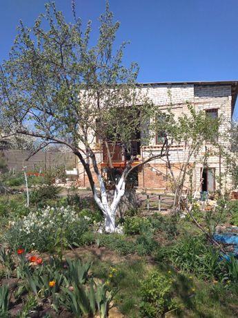 Продам дом - дачу на Гребном канале