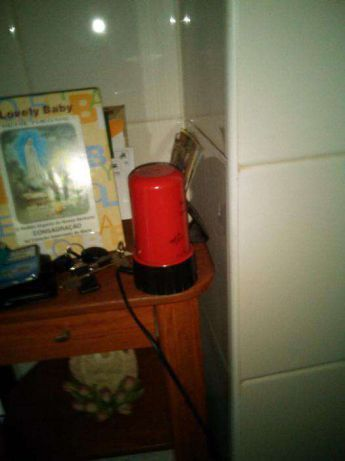 candeeiro mesa vermelho