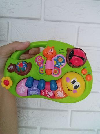 Zestaw zabawek dla maluszka ;)