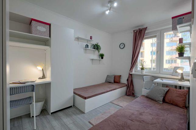 Place in double room for man Solec 83/ Śródmieście