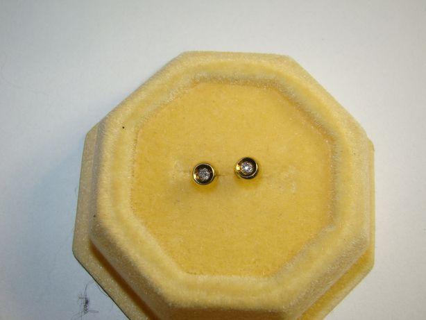 Złote kolczyki z brylantami - certyfikat -złoto próby 585