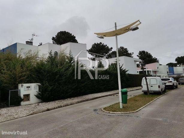 Moradia T4, Palmela Village