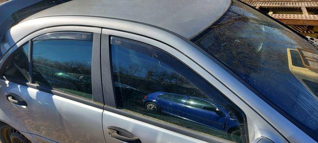 Owiewki mercedes w 203 sedan komplet 4szt części