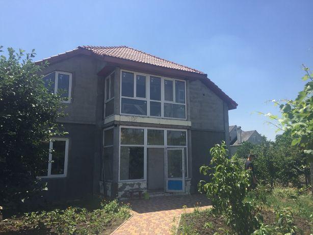 Новый комфортный дом в элитной части Ленпоселка!