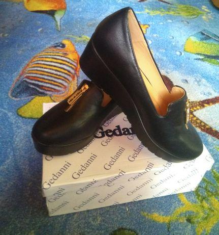 Туфли на девочку 37 р, 23,5 см