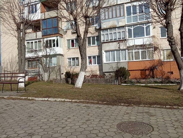 Продається 3 кімнатна квартира в центрі міста