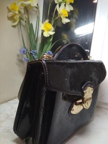 Louis Vuitton, Луи Витон, чёрная лаковая сумка, сумочка, через плечо