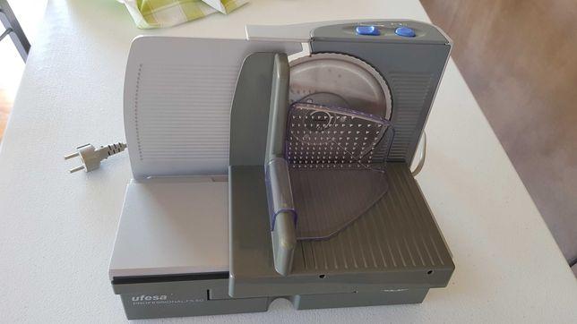 Máquina de fatiar/ Fiambreira
