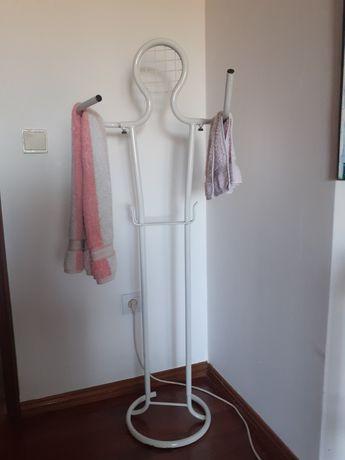 Cabide de toalhas wc
