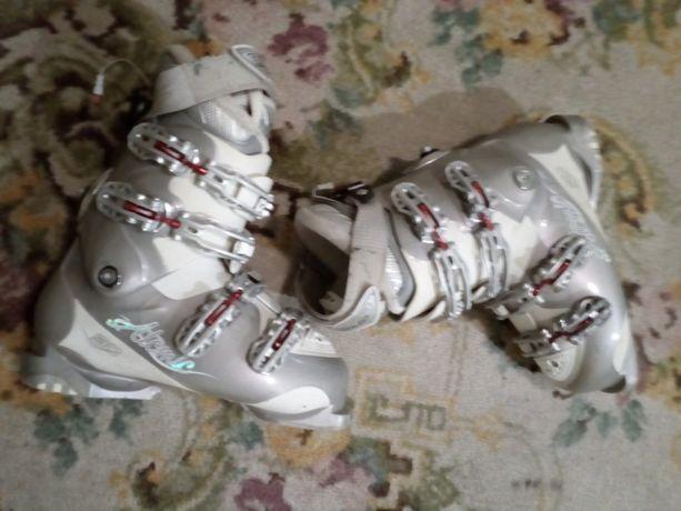 buty narciarskie damskie Atomic rozmiar 26,5