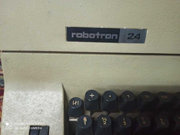 Maszyna ręczna do pisania z czasow Prl!300zl