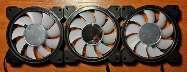 Продам корпусный вентилятор Aerocool marage 12 ARGB.