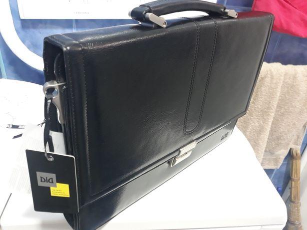 Кожаный чёрный портфель новый