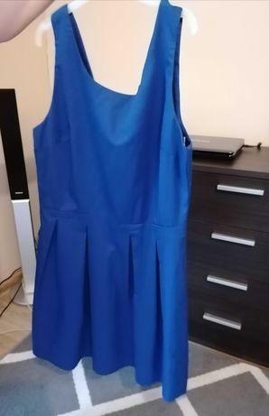 Chabrowa sukienka Camaieu 40