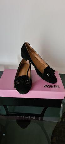 Женские туфельки в ассортименте