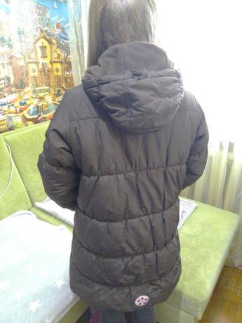 Продам классное зимнее пальто на девочку