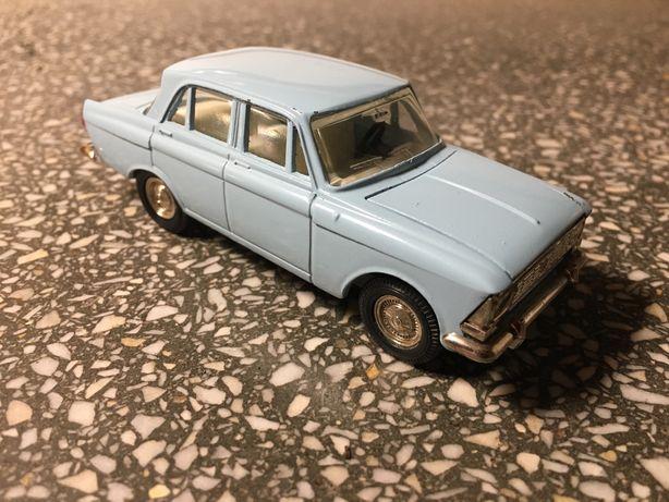 Moskwicz 408 model 1:43 *