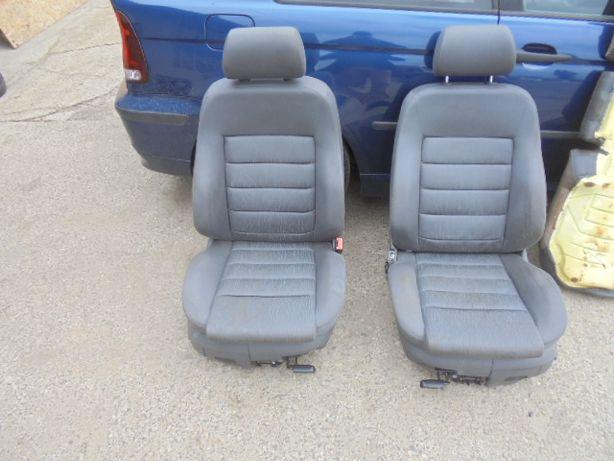 Fotel fotele kanapa kubełki Audi A6 C5 Kombi kpl