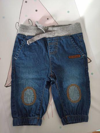 Mięciutkie jeansy niemowlęce