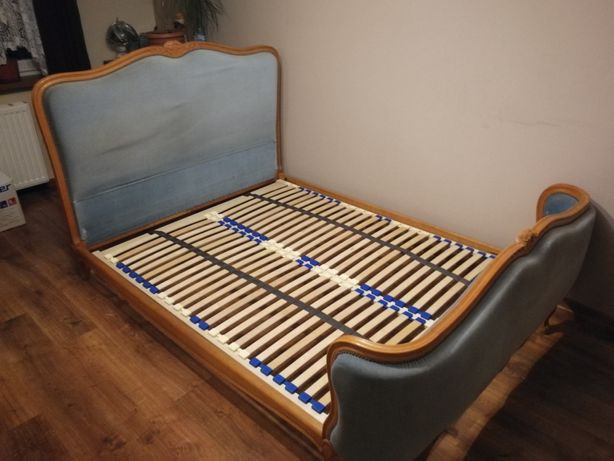Łóżko sypialnia
