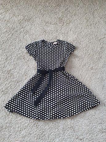 Sukienka dla dziewczynki 140 cm