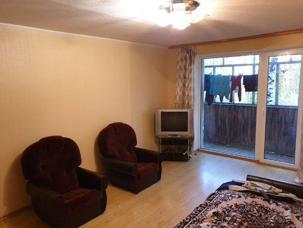 Продам 3-кімнатну квартиру, р-н Масив